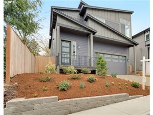 Photo of 4416 RIVERVIEW AVE, West Linn, OR 97068 (MLS # 19358541)