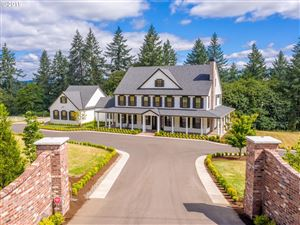Photo of 25125 SW PETES MOUNTAIN RD, West Linn, OR 97068 (MLS # 19031545)