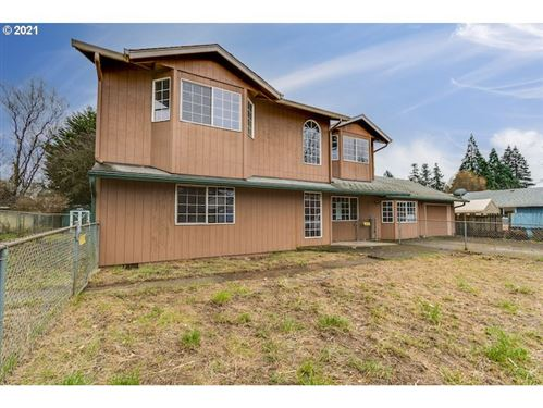 Photo of 205 SW 4TH AVE, Battle Ground, WA 98604 (MLS # 20685545)