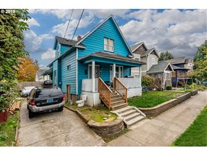 Photo of 704 NE KILLINGSWORTH CT, Portland, OR 97211 (MLS # 19328546)