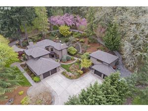 Photo of 1177 SW HOFFMAN RD, West Linn, OR 97068 (MLS # 19557548)