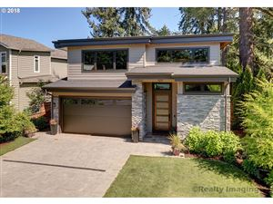 Photo of 125 MIDDLECREST RD, Lake Oswego, OR 97034 (MLS # 19585548)