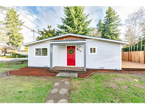Photo of 804 SE 117TH AVE, Portland, OR 97216 (MLS # 19378549)