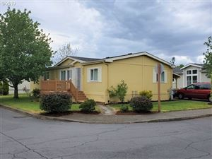 Photo of 4621 SE 134TH DR, Portland, OR 97236 (MLS # 19589550)