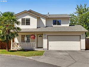 Photo of 5405 SE 131ST CT, Portland, OR 97236 (MLS # 19501551)
