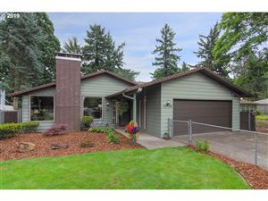 Photo of 1036 SE 135TH AVE, Portland, OR 97233 (MLS # 19332552)