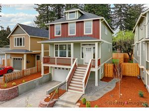 Photo of 10431 N Oswego AVE, Portland, OR 97203 (MLS # 19248553)