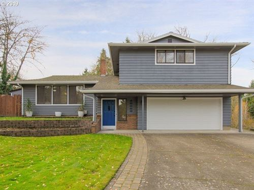 Photo of 13080 SW 107TH CT, Tigard, OR 97223 (MLS # 19510555)