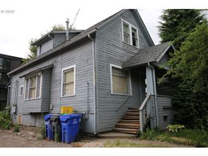 Photo of 2021 SE 12TH AVE, Portland, OR 97214 (MLS # 19106558)