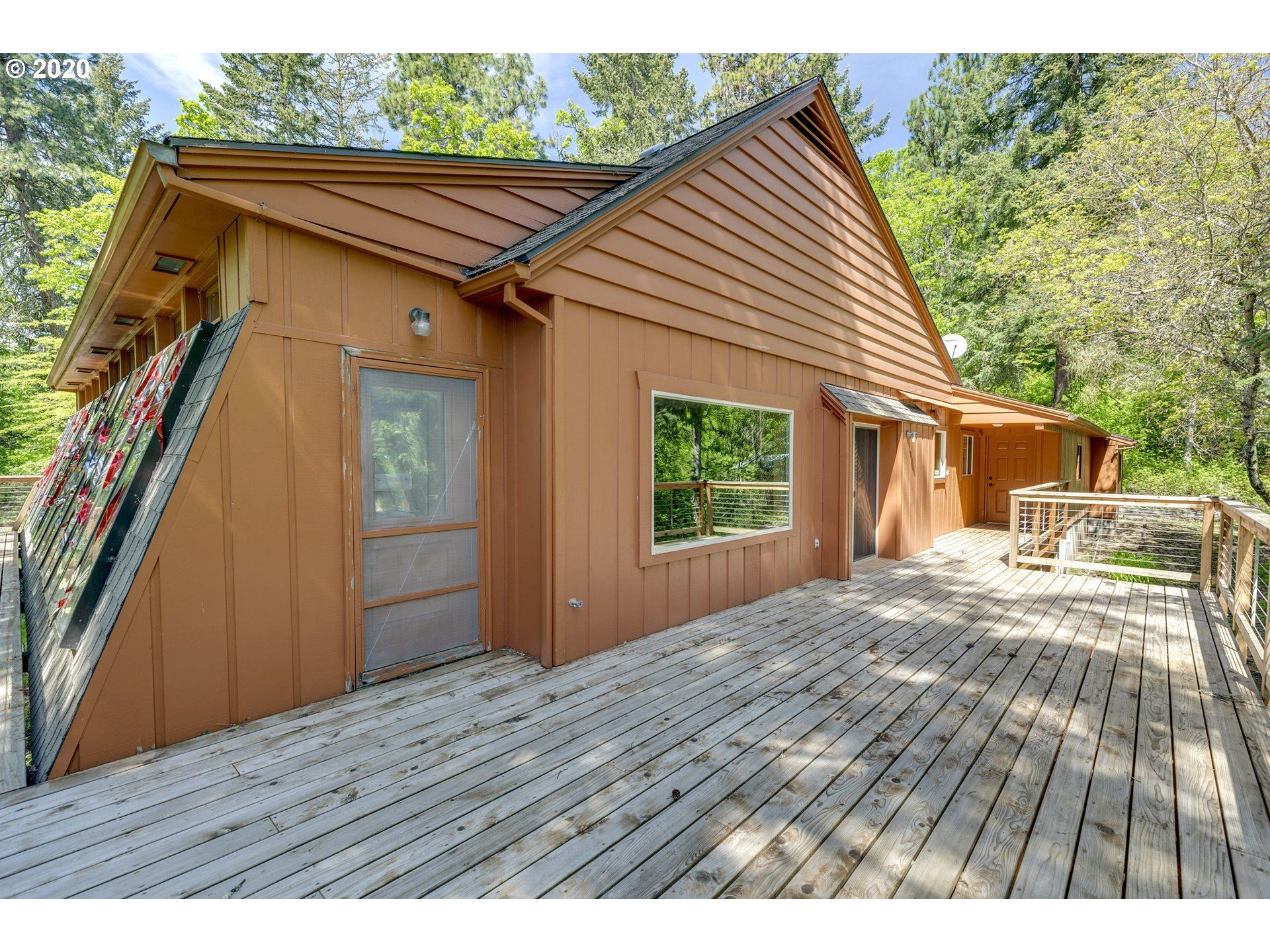 Photo of 3990 ACREE DR, Hood River, OR 97031 (MLS # 20060559)