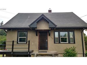 Photo of 8426 SE LAMBERT ST, Portland, OR 97266 (MLS # 19289560)