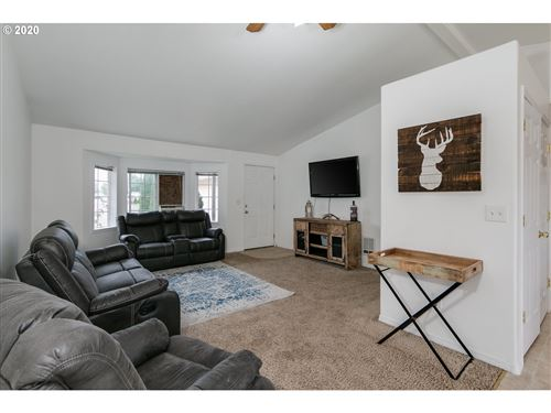 Tiny photo for 1097 ASH GROVE LOOP, Creswell, OR 97426 (MLS # 20474561)