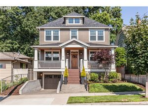 Photo of 5230 SE 36TH PL, Portland, OR 97202 (MLS # 19062563)
