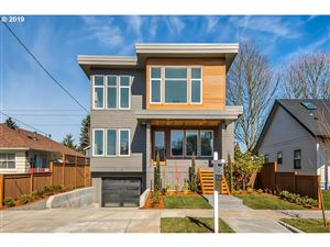 Photo of 5045 SE RAMONA ST, Portland, OR 97206 (MLS # 19149563)