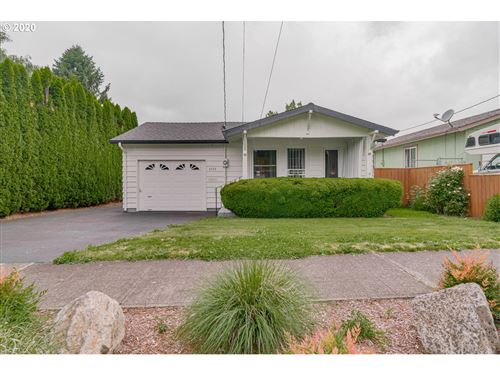 Photo of 6533 SE 44th AVE, Portland, OR 97206 (MLS # 20404563)