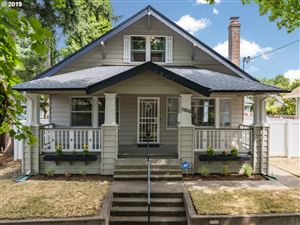 Photo of 5826 NE 32ND PL, Portland, OR 97211 (MLS # 19557564)