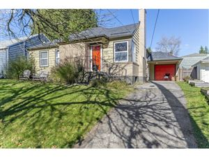 Photo of 4145 SE WOODWARD ST, Portland, OR 97202 (MLS # 19606564)