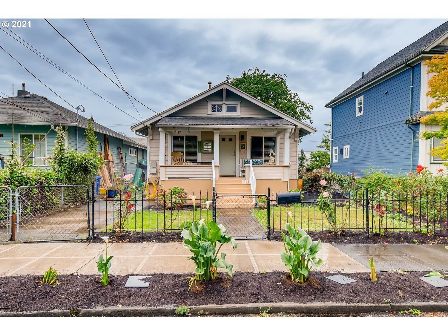 4135 SE 25TH AVE, Portland, OR 97202 - MLS#: 21114564