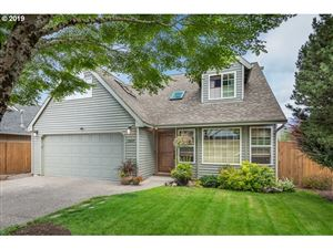 Photo of 13669 SW FEIRING LN, Tigard, OR 97223 (MLS # 19003565)