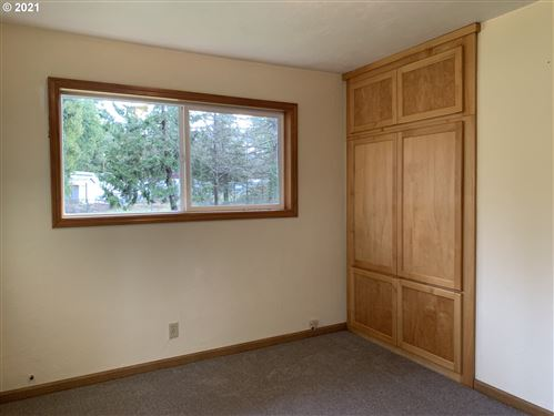 Tiny photo for 38881 HWY 58, Dexter, OR 97431 (MLS # 21292565)