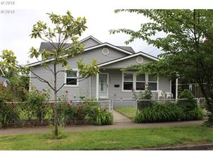 Photo of 7536 N CHATHAM AVE, Portland, OR 97217 (MLS # 19241566)