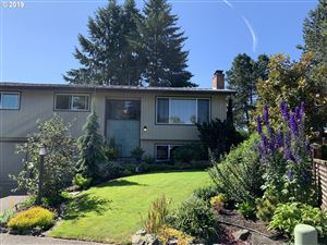 Photo of 19330 SW REGAL CT, Aloha, OR 97003 (MLS # 19625566)