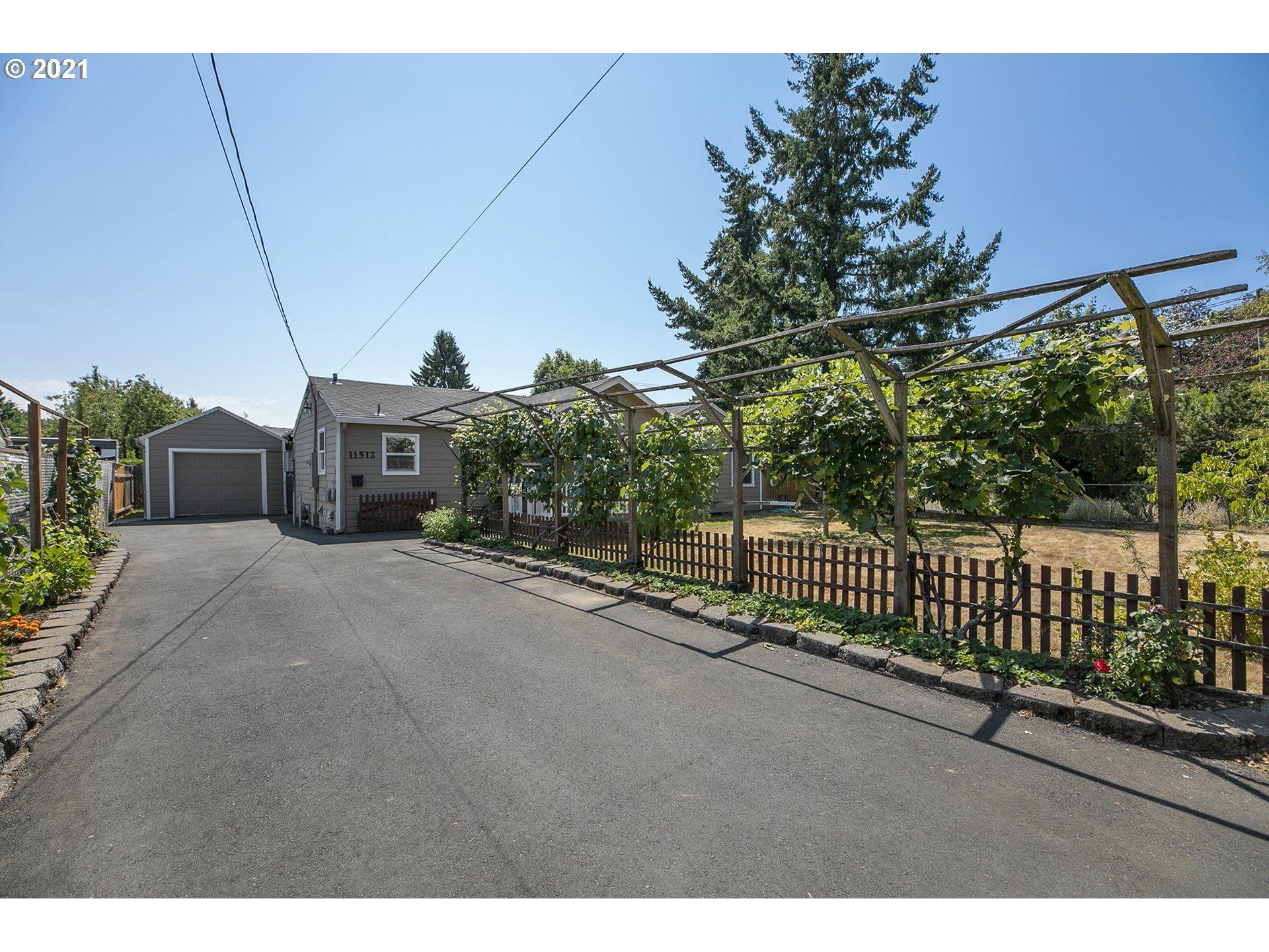 11512 NE SISKIYOU ST, Portland, OR 97220 - MLS#: 21461568