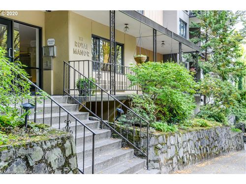 Photo of 2021 SW MAIN ST #25, Portland, OR 97205 (MLS # 19532569)