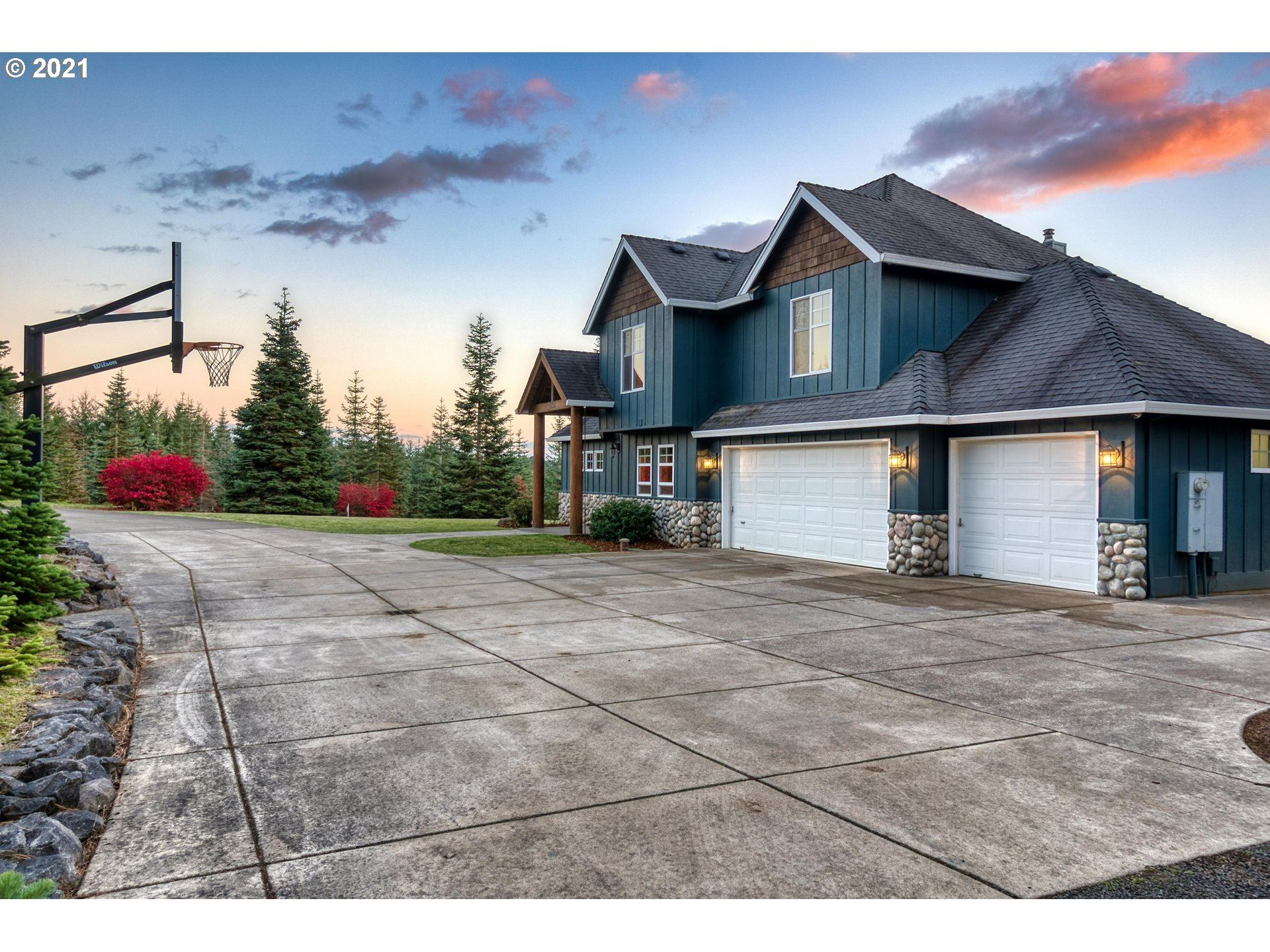Photo of 37370 NW HAHN RD, Banks, OR 97106 (MLS # 21576571)