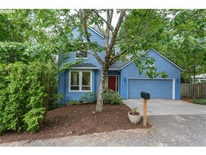 Photo of 9017 SW 19TH AVE, Portland, OR 97219 (MLS # 19148572)
