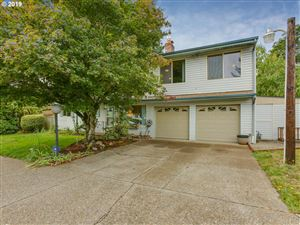 Photo of 4317 SE 117TH AVE, Portland, OR 97266 (MLS # 19254575)