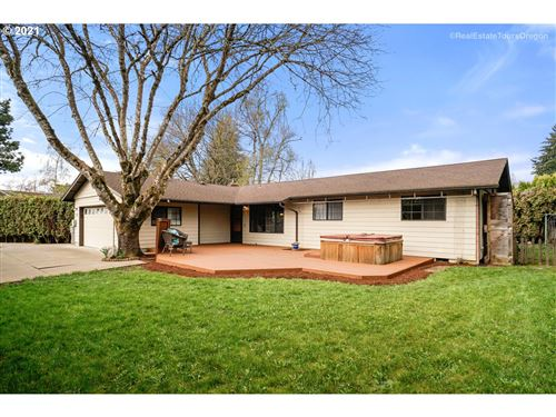 Photo of 775 SE BORDER LN, McMinnville, OR 97128 (MLS # 21294575)