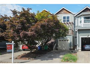 Photo of 4523 SE 40TH AVE, Portland, OR 97202 (MLS # 19233576)