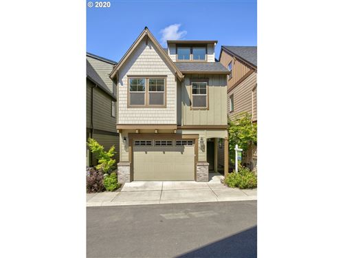 Photo of 7904 SW Capitol Hill, Portland, OR 97219 (MLS # 19035577)