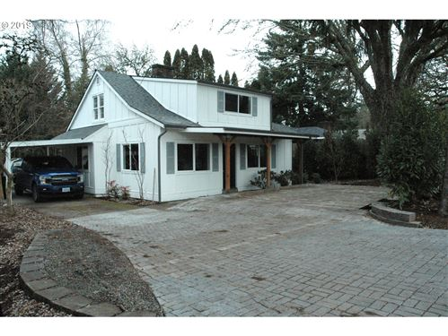 Photo of 6805 SW 92ND AVE, Portland, OR 97223 (MLS # 19581577)