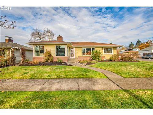 Photo of 7655 NE ALAMEDA ST, Portland, OR 97213 (MLS # 19518579)
