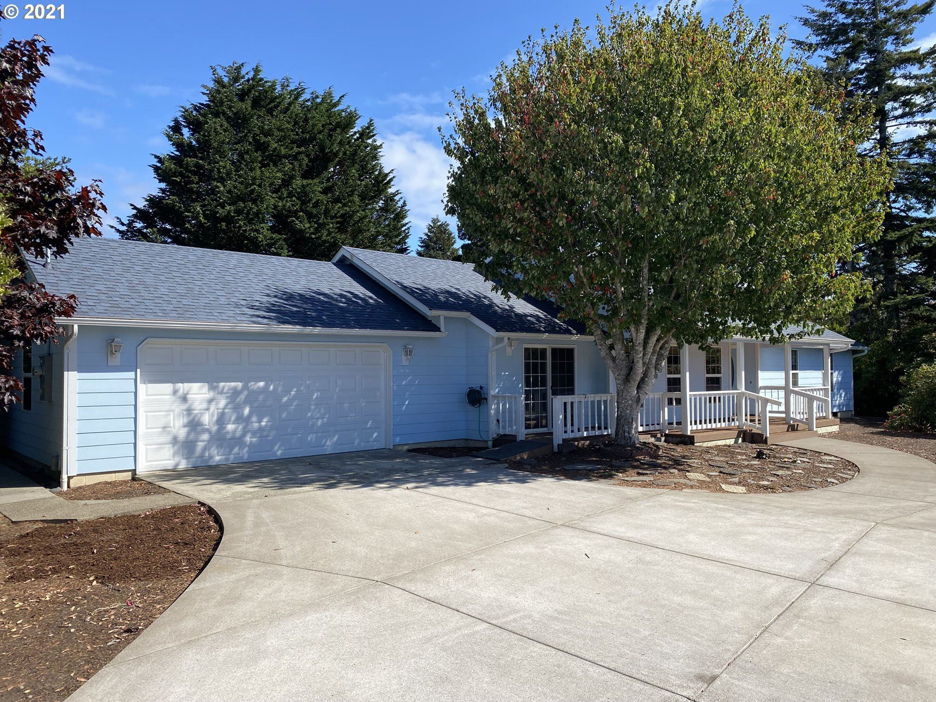 1910 37TH ST, Florence, OR 97439 - MLS#: 21207580