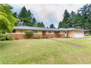 Photo of 1304 SE 130TH AVE, Portland, OR 97233 (MLS # 19209582)