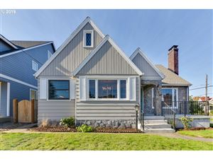 Photo of 7643 N CHATHAM AVE, Portland, OR 97217 (MLS # 19370583)