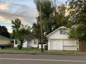 Photo of 525 SW FELLOWS ST, McMinnville, OR 97128 (MLS # 19562584)