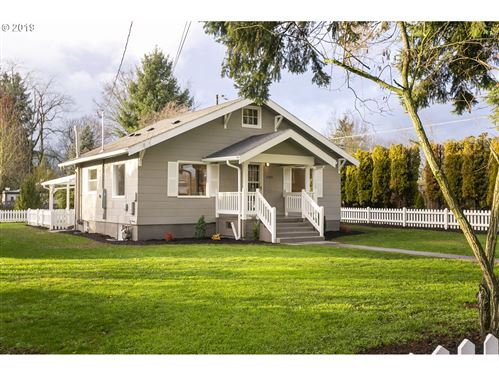 Photo of 2105 SE 89TH AVE, Portland, OR 97216 (MLS # 19526585)