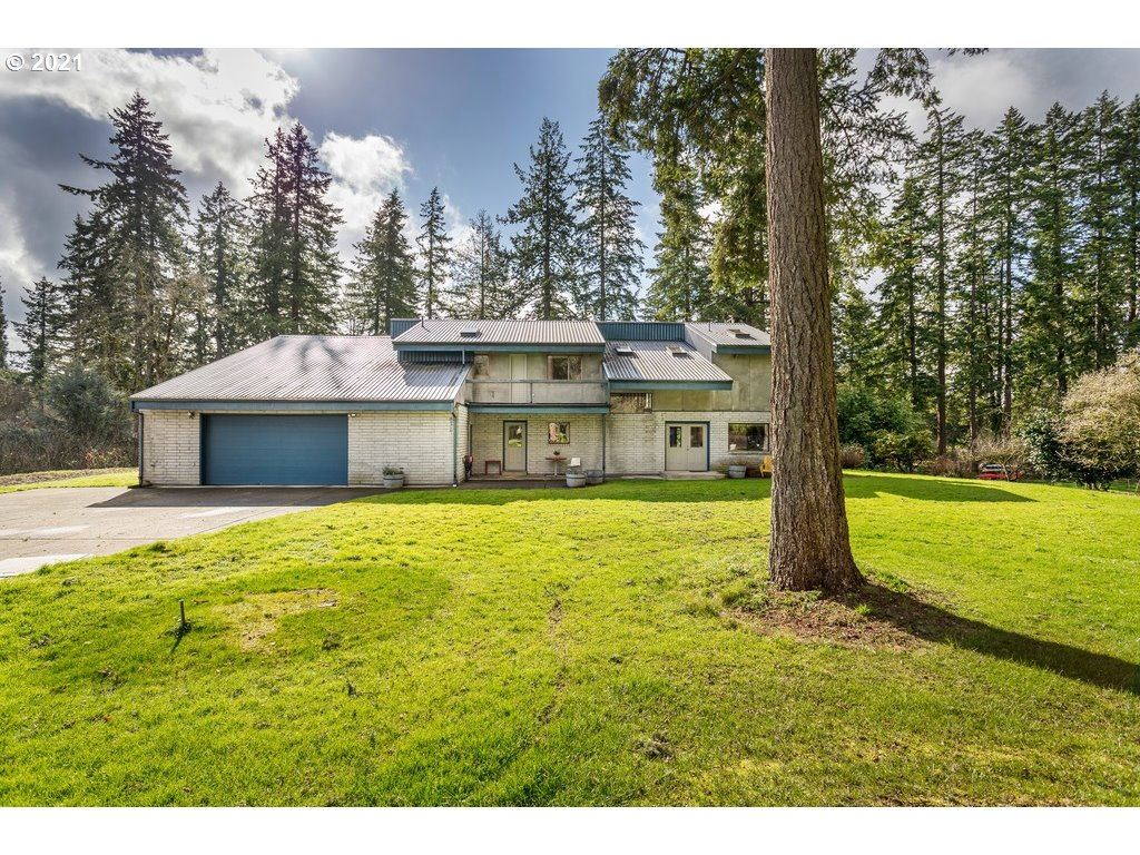 Photo for 5740 SW CHILDS RD, Lake Oswego, OR 97035 (MLS # 21470589)