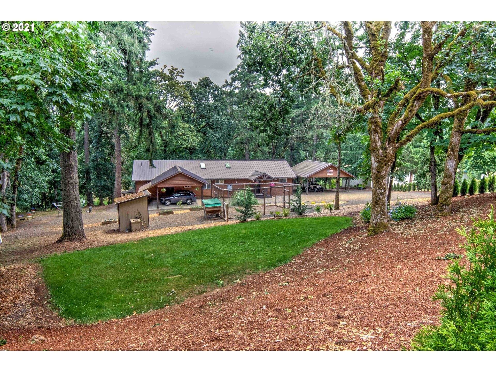 Photo of 16451 SE WOODLAND HEIGHTS RD, Amity, OR 97101 (MLS # 21350590)