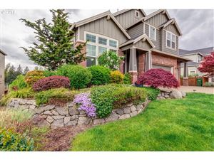 Photo of 327 THE GREENS AVE, Newberg, OR 97132 (MLS # 19336592)