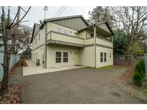 Photo of 2228 SE 90TH AVE, Portland, OR 97216 (MLS # 20344593)