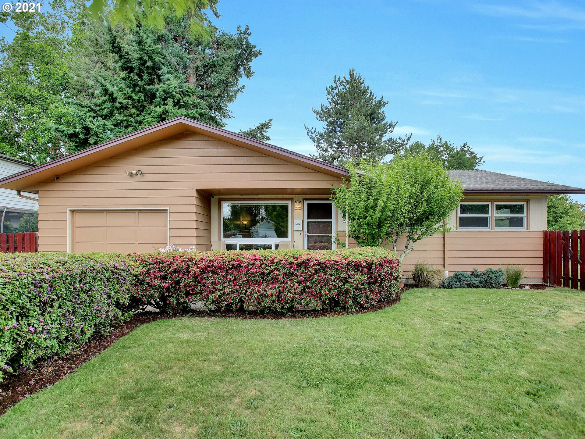 2155 SE 98TH AVE, Portland, OR 97216 - MLS#: 21664595