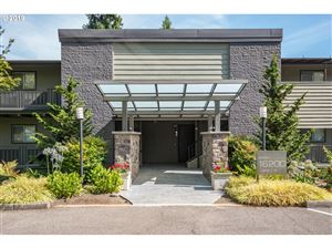 Photo of 16200 PACIFIC HWY 9 #9, Lake Oswego, OR 97034 (MLS # 19419597)