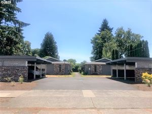 Photo of 5616 SE BOISE ST, Portland, OR 97206 (MLS # 19356598)