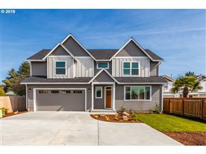 Photo of 1572 NE SUNRISE LN, Hillsboro, OR 97124 (MLS # 19440599)