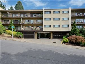 Photo of 2393 SW PARK PL 111 #111, Portland, OR 97205 (MLS # 19369602)
